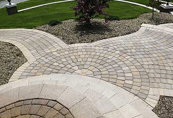 Paving Circle Kits Are Great For Paving Patios With A Unique Pattern - Circular patio designs